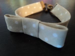 Bracelet beige pois blancs