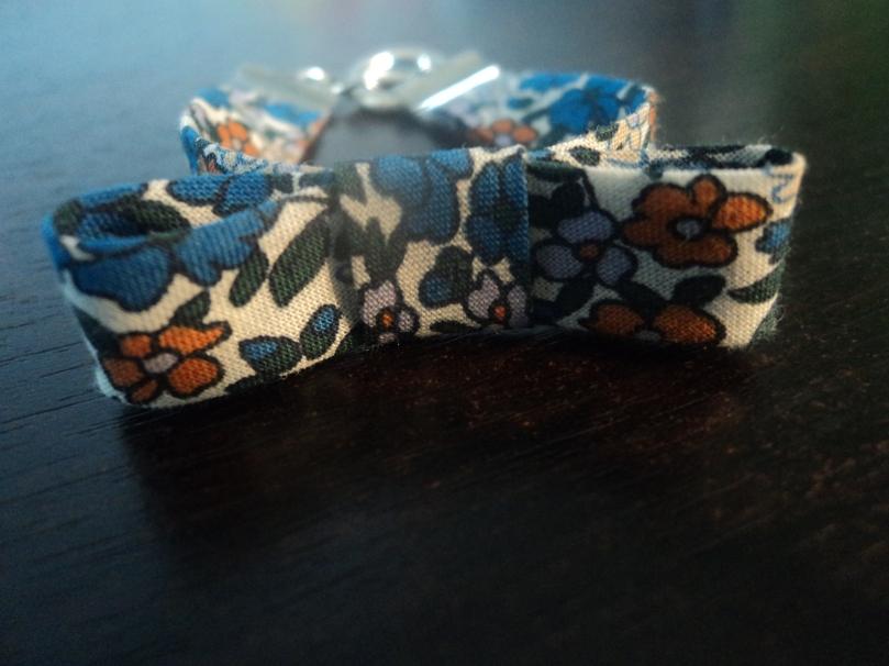 """Bracelet """"Noeud"""" Liberty bleu"""