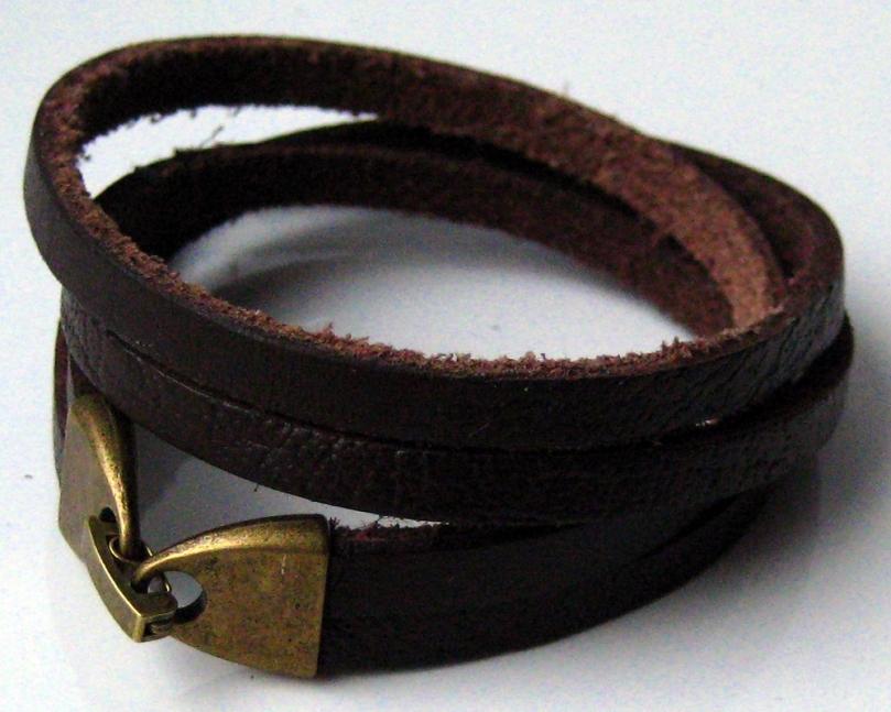 """Bracelet cuir et laiton de"""" Ninanina"""""""