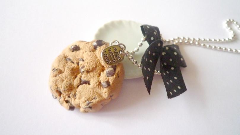 """Collier """"Mon cookie aux pépites de chocolat"""""""