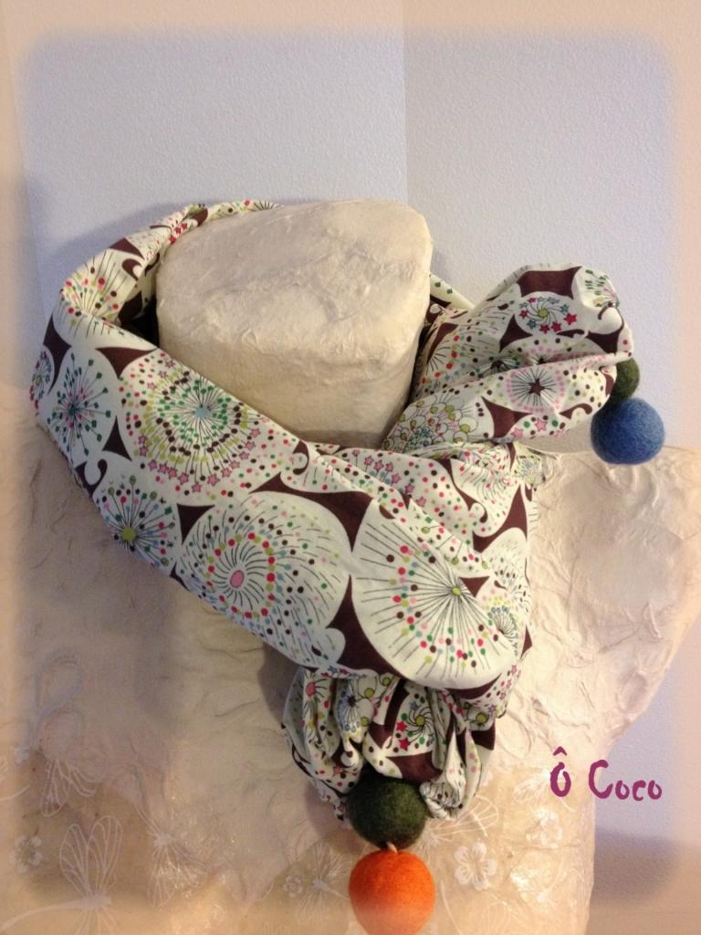 Elégant foulard Liberty multicolore