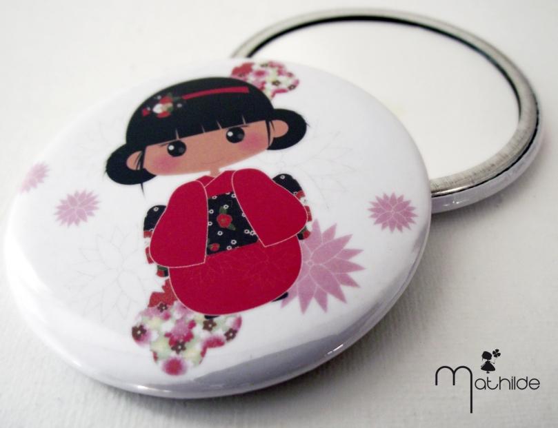 miroir de poche blanc - mathilde en petite kokeshi