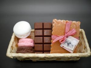 soin-panier-savons-gourmand-fantaisie-13514043-imgp0090-3-fd5ed5e1-264a3_big